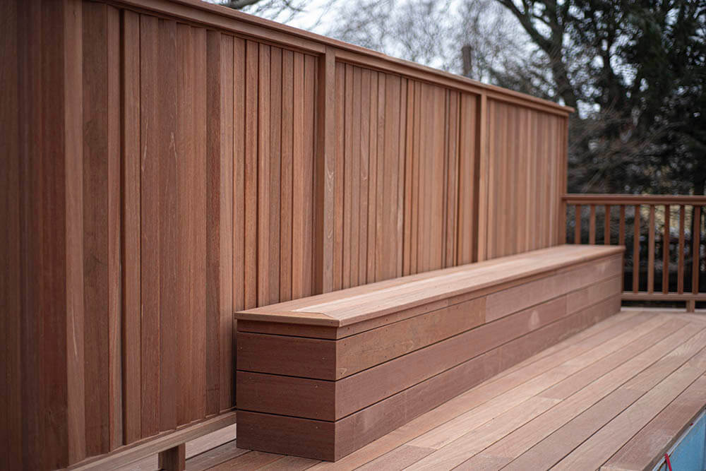 deck with privacy wall