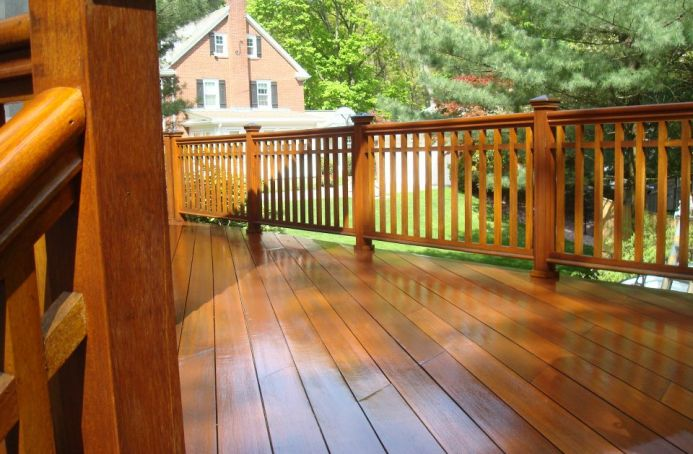 Mahogany Deck with a Natural Tone Sealer